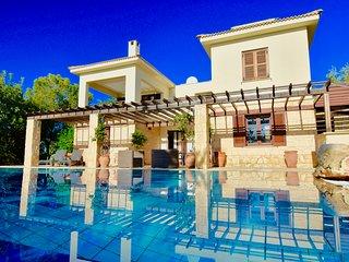 Villa Diyala - 3 bedroom villa with private pool, Aphrodite Hills Resort