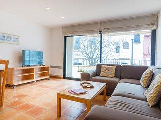 Calella de Palafrugell Apartment Sleeps 5 - 5746980