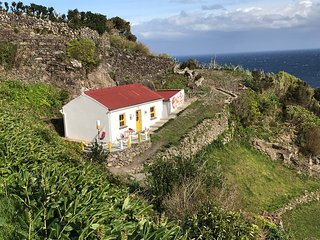 Casa Pedras Brancas / great ocean view / fast WiFi