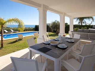 Luxury modern Villa with pool Casares