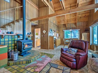 NEW! Bear Valley Cabin - Ski to XC Trails!