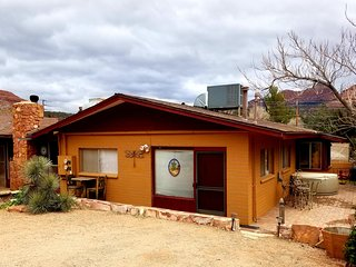 Beautiful and Affordable Private Guest House in Uptown Sedona