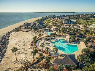 NEW! Charming Seabrook Island Villa - Near Beach!