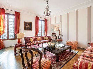 Ca' Fenice charming apartment in San Marco few steps from Fenice theater
