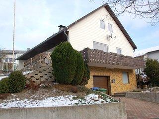 Vrijstaand familiehuis met uitzicht op de Bruchhauser steine, nabij Willingen