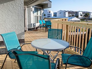 Soak up the Lone Star State sunshine on this expansive private deck!