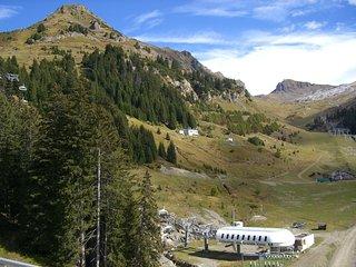 Appart moderne et cosy, accès direct aux pistes de ski