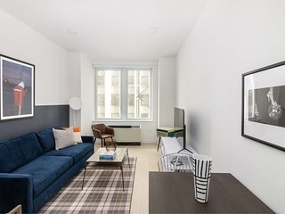 Sonder | Stock Exchange | Peaceful 1BR + Lounge