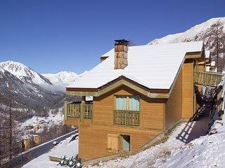 Charmant + Joli Chalet 9p, terrasse/balcon prive, pres des pistes