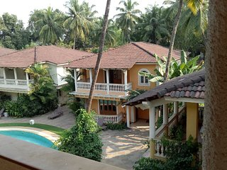 Comfortable 4 Bedroom Villa with Pool