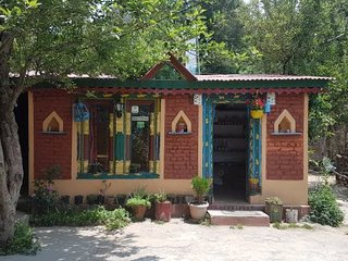 Valley View Bed & Breakfast Homestay In Mukteshwar