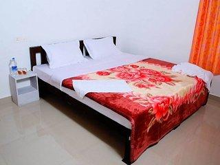 Spectacular Mazhavil Homestay In Munnar
