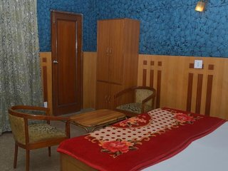 Normal Price Homestay With Bed and Breakfast