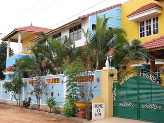 Colourfull Homestay in Bangalore