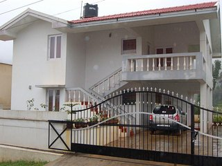 Comfortable 2 Bedroom Cottage In Ooty