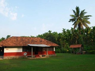 Sublime 2 Bedroom Homestay In Thirthahalli