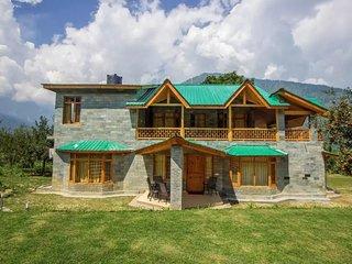 Admirable Lush Green Homestay In Kullu