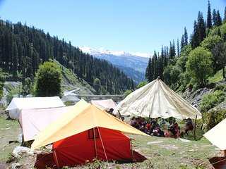 Group Accommodation Camp in Manali