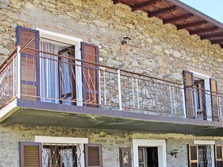2 bedroom Villa in Musso, Lombardy, Italy - 5651099