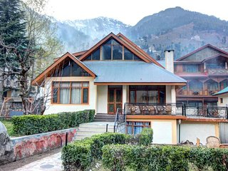 Wonderful 4 Bedroom Cottage in Manali