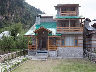 Awesome View Cottage in Manali