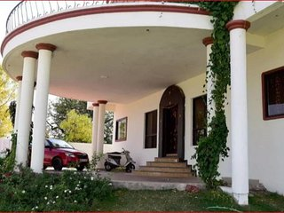 Convenient and Comfortable Homestay In Bhopal