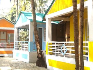 Coloursfull Sai Beach Cottages