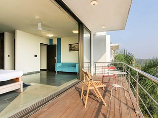 Superb Serene View 4 BHK Villa near Candolim