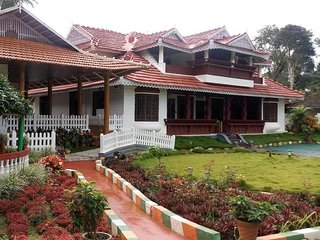 Super Attractive 5 Bedroom Homestay In Coorg