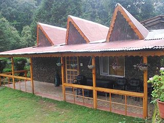 Marvelous Green View Bed & Breakfast Homestay In Bhimtal
