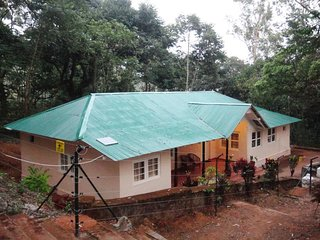 2 Bedroom Cottage in Valparai