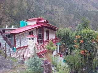 Super Looking Homestay Located in Chamba