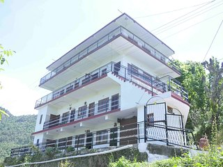 Splendid 2 Family Bedroom Homestay in Shimla