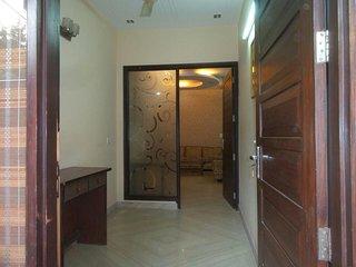 Bed & Breakfast Apartment In Delhi