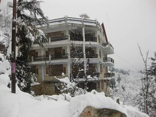 Famous Cottage In Manali