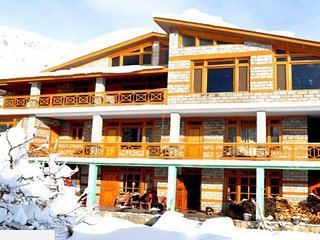 Stay In a Luxurious Homestay In Manali