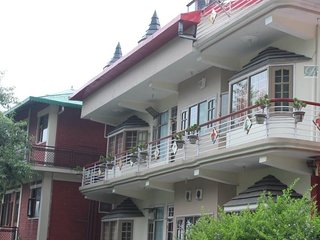 Bewitching Homestay In Kasauli