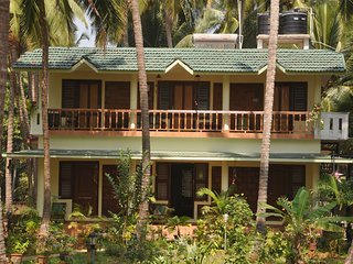 Lush Green Heritage 5 Bedroom Homestay