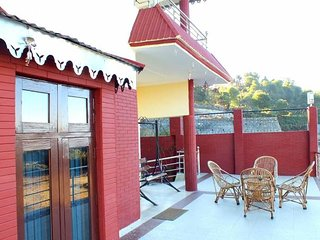 Comfortable 4 Bedroom Cottage In Nainital