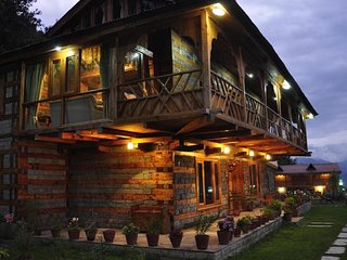 Beautiful Cottages with Amazing Surroundings In kullu