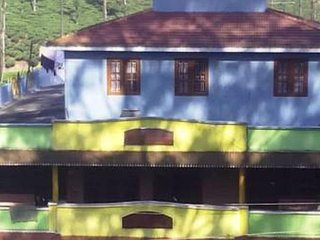 4 Bedroom Homestay In Valparai