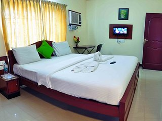 1&2 BHK Well Furnished Service Apartment