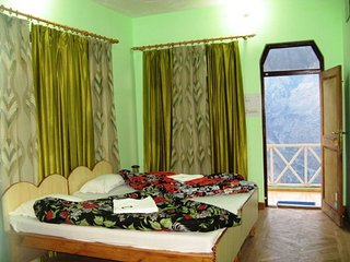 4 Bedroom Homestay In Joshimath