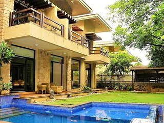 Wonderful 5 BHK Villa With Pool
