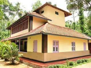 Amazing 4 Bedroom Homestay In Kalpetta