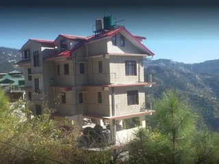 Comfortable Himalanya Homestay in Shimla