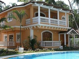 Spacious 3 Bedroom Villa with Swimming Pool