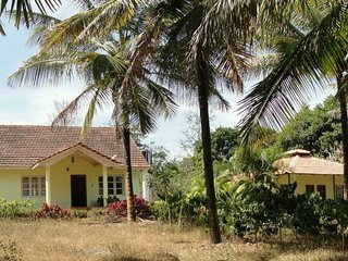 Good Looking 3 Bedroom Homestay In Mudigere