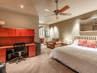 Master Suite in Arcadia/Biltmore Top Rated Neighborhood