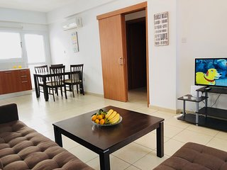 Central apartment close to beach and amenities